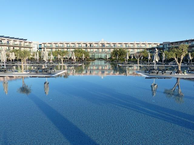 velkoplošný bazén.jpg