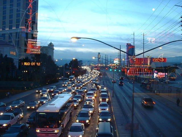 Proč dát přednost značkovým autožárovkám H7